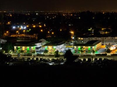 Quality Inn Hotel Hayward - Quality Inn Hayward at Night